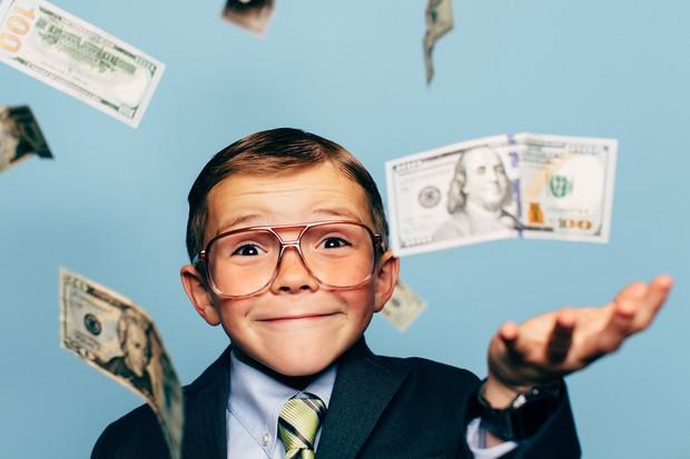 Dạy nhà giàu cách tiêu tiền nay đã là một nghề có thực, lại còn kiếm được bộn tiền - Ảnh 2.