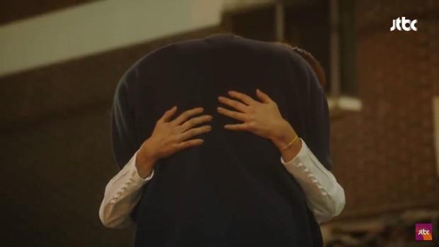 """Nhìn Nam Joo Hyuk và Han Ji Min trong """"Dazzling"""" mới thấy, không phải lúc nào công thức chàng cao kều và nàng nấm lùn cũng dễ thương - Ảnh 5."""