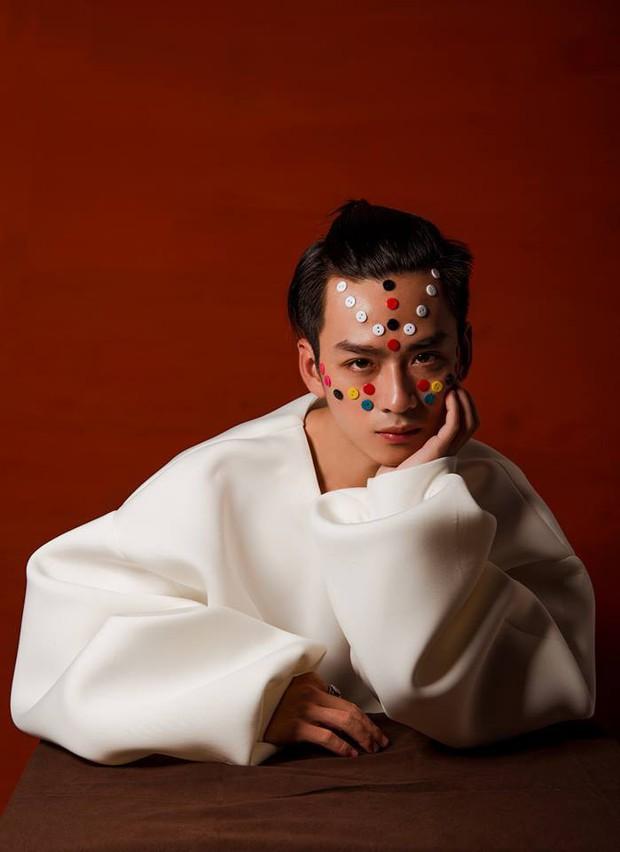 Anh em ra mà xem cả dàn nam thần Châu Á bỗng thu bé lại vừa bằng Trần Nghĩa - chàng Ngạn si tình trong Mắt Biếc! - Ảnh 17.