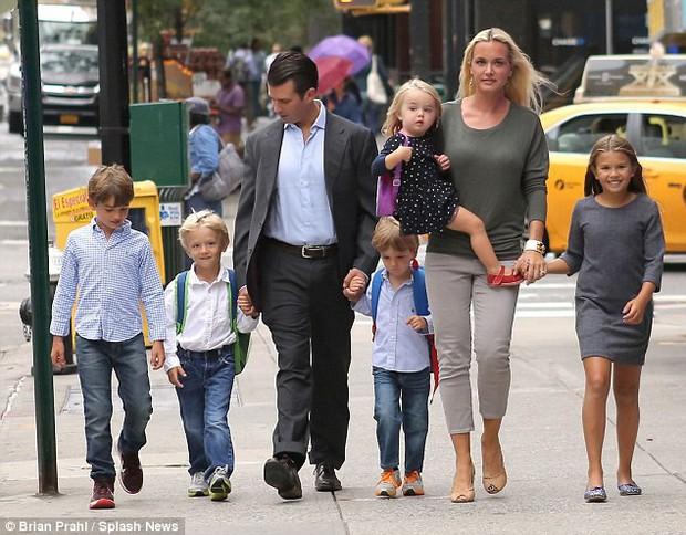 Con dâu cũ của Tổng thống Trump: Dành 12 năm thanh xuân sinh 5 đứa con, tài sắc vẹn toàn vẫn không thể giữ chân người chồng đào hoa - Ảnh 4.