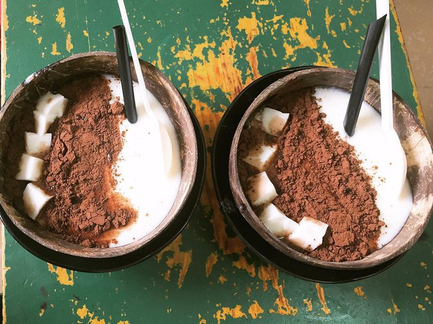Ai là tín đồ của dừa chắc chắn sẽ không thể bỏ qua 4 món đặt trong quả dừa siêu ngon mắt ở Hà Nội - Ảnh 8.
