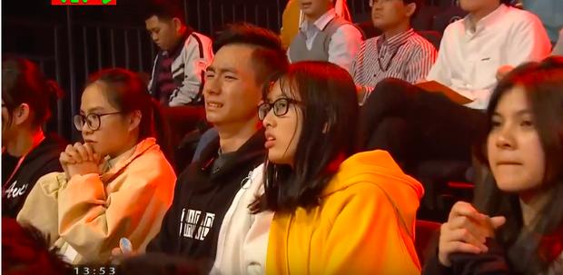 Chủ quan tại phần thi Về đích, hot boy Nghệ An khiến khán giả bật khóc nức nở vì tuột mất cơ hội vào Chung kết năm Olympia 2019 - Ảnh 6.