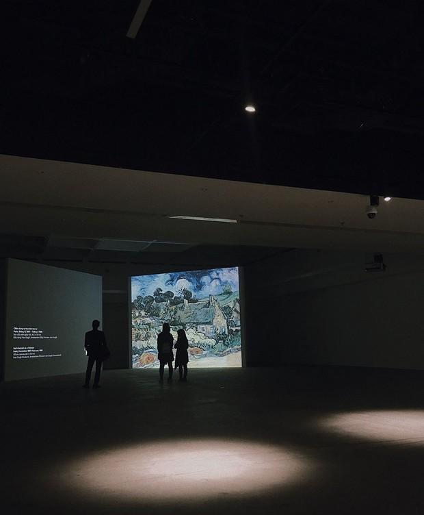 Đến hẹn lại lên, giới trẻ Hà Nội đang rủ nhau check-in tại VCCA nhân dịp triển lãm tranh Van Gogh - Ảnh 11.