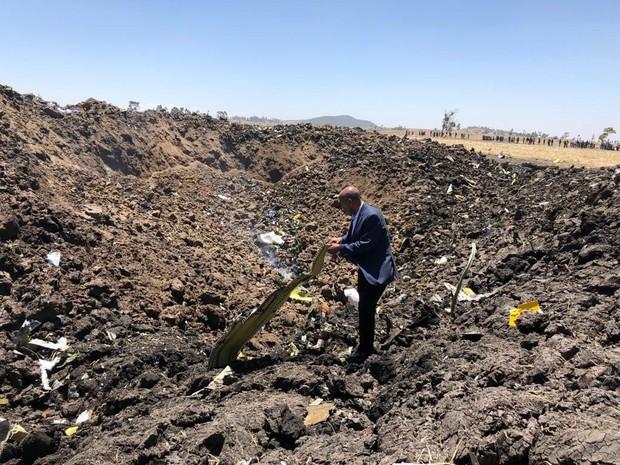 Tất cả chi tiết xoay quanh hành trình cuối cùng của máy bay chở 157 người rơi ở Ethiopia được công bố đến nay - Ảnh 4.