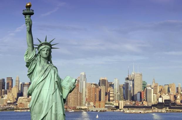 Chuyên gia cảnh báo thành phố New York trên bờ vực phá sản  - Ảnh 1.