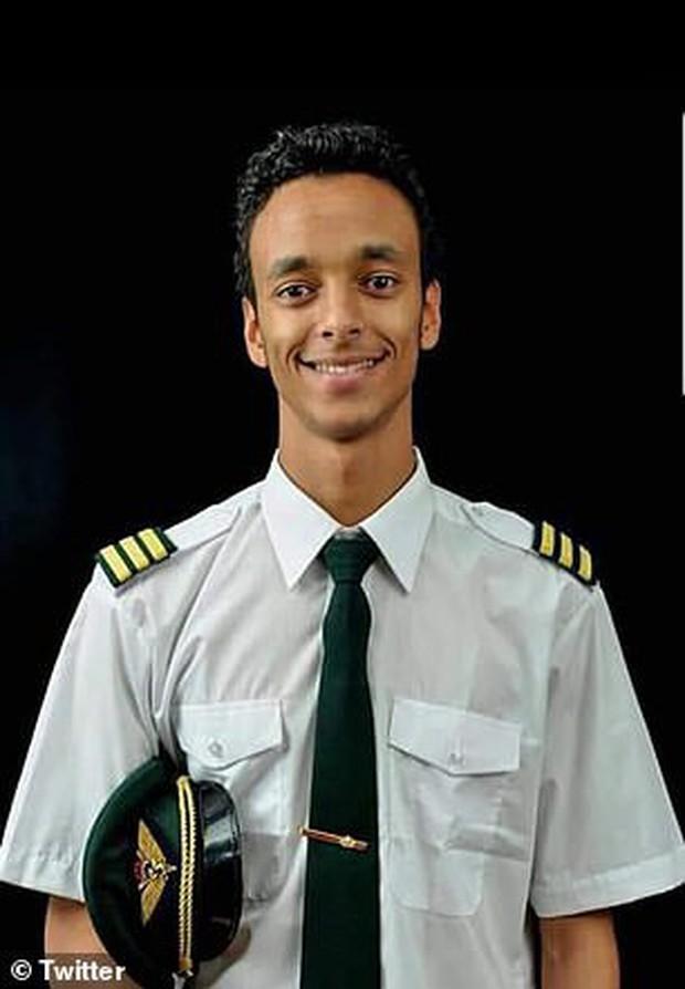 Gia đình đau xót khi hay tin cơ trưởng máy bay Ethiopian Airlines gặp nạn qua đời ở tuổi 28 - Ảnh 1.