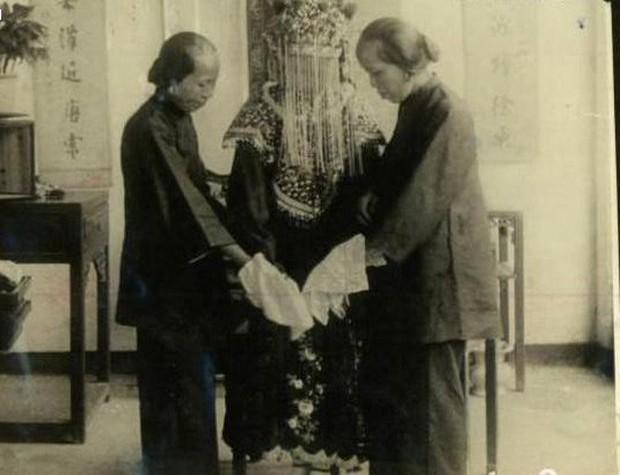 Ảnh hiếm về cách tổ chức hôn lễ của một gia đình quý tộc Trung Quốc thời nhà Thanh - Ảnh 13.