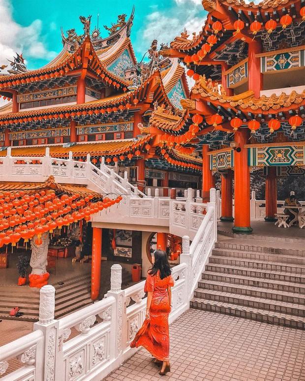 Phát hiện triệu góc check-in thần thánh ở ngôi chùa đèn lồng hot nhất Kuala Lumpur - Ảnh 11.