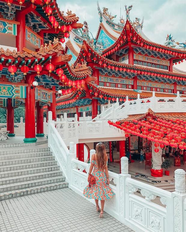 Phát hiện triệu góc check-in thần thánh ở ngôi chùa đèn lồng hot nhất Kuala Lumpur - Ảnh 12.