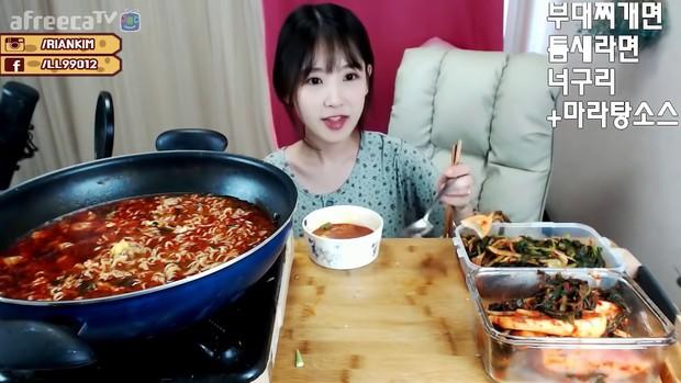 Con gái Hàn ăn đồ dầu mỡ, cay xè da vẫn đẹp nhờ bí quyết dinh dưỡng sau đây - Ảnh 1.
