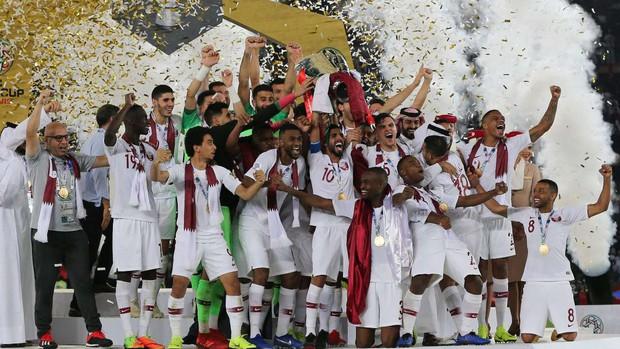 LĐBĐ UAE nhận mức phạt kỷ lục sau những hành động xấu xí trong trận bán kết Asian Cup 2019 - Ảnh 4.