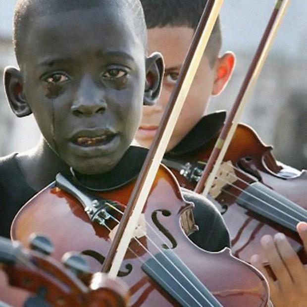 Chùm ảnh chứng minh nếu được giáo dục tử tế, bạn sẽ trở thành những con người như thế này đây - Ảnh 1.