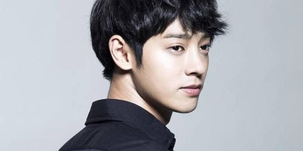 Đại diện 1 Night 2 Days lên tiếng về vụ bê bối tình dục của Jung Joon Young - Ảnh 1.