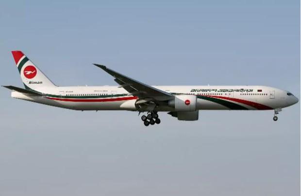 Tìm thấy 106 thỏi vàng giấu trong toilet máy bay Boeing 777 - Ảnh 1.