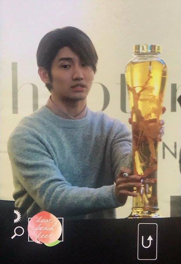 Fanmeeting của idol Kpop: Không biết là giao lưu hay đại hội vỗ béo trá hình - Ảnh 1.
