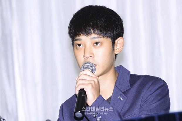 Bóc trần lời xin lỗi của kẻ nghiện quay clip sex Jung Joon Young: Còn tin được cái gập đầu tạ lỗi của sao hậu scandal? - Ảnh 2.