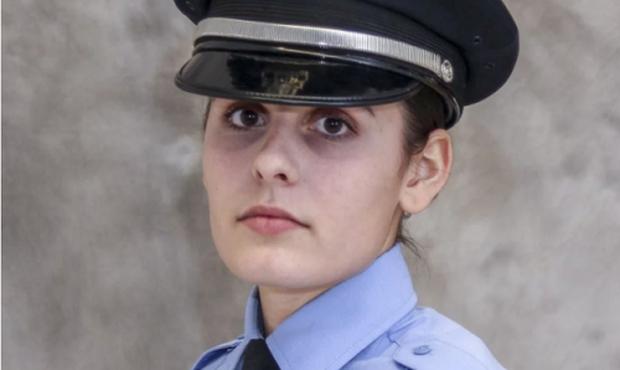 Thi xem ai rút súng nhanh hơn, nữ cảnh sát Pháp bị đồng nghiệp bắn thẳng vào đầu - Ảnh 2.