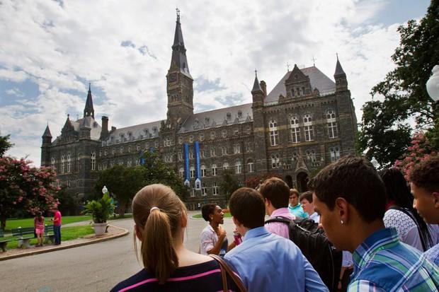 Phản ứng của 8 trường đại học top đầu Mỹ sau khi vướng vào bê bối chạy điểm chấn động thế giới - Ảnh 6.