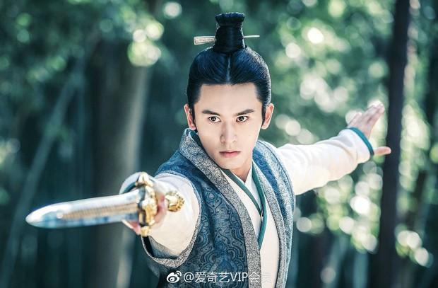 Triệu Vy, Tô Hữu Bằng song kiếm hợp bích làm lại Hoàn Châu Cách Cách, Lâm Tâm Như trở thành mẹ Hạ Tử Vy - Ảnh 7.