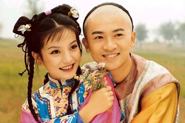 Triệu Vy, Tô Hữu Bằng song kiếm hợp bích làm lại Hoàn Châu Cách Cách, Lâm Tâm Như trở thành mẹ Hạ Tử Vy - Ảnh 2.