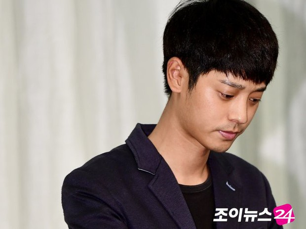 Bị 10 nạn nhân tố quay lén và tung clip sex, Jung Joon Young có thể sẽ phải đối mặt với mức án nặng đến mức nào? - Ảnh 2.