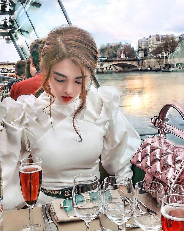 Từ ca sĩ, hot girl cho đến hội rich kids, ai cũng đổ xô đến Paris check-in nhiệt tình trong những ngày vừa qua - Ảnh 13.