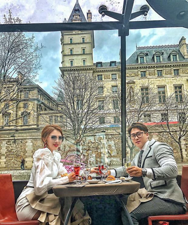Từ ca sĩ, hot girl cho đến hội rich kids, ai cũng đổ xô đến Paris check-in nhiệt tình trong những ngày vừa qua - Ảnh 16.
