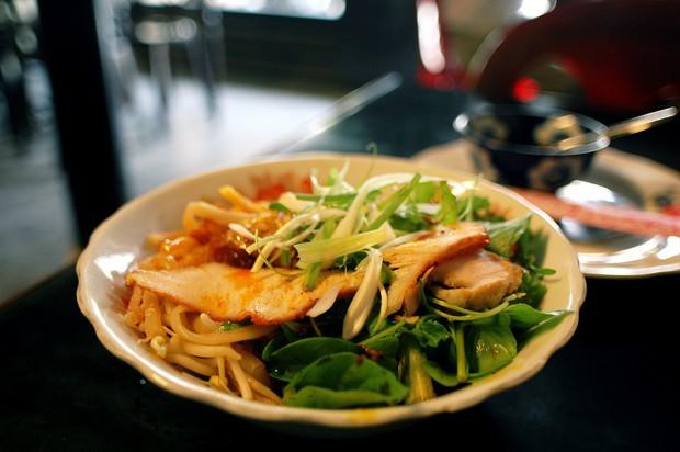 Báo The New York Times chọn Đà Nẵng làm điểm du lịch đáng đến nhất 2019 và ẩm thực là một trong những nguyên do chính - Ảnh 9.
