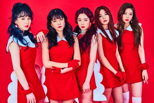 Giữa bê bối tình dục của Seungri và nhóm bạn, netizen rùng mình nhắc chuyện nam tiền bối xin số Red Velvet - Ảnh 2.