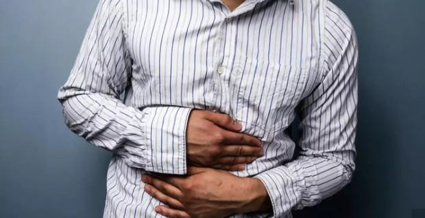 Chàng trai 28 tuổi mắc bệnh ung thư dạ dày, nguyên nhân đến từ thói quen mà giới trẻ mắc phải rất nhiều - Ảnh 1.