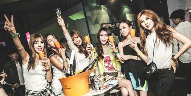 Choáng trước những sự thật ít ai biết về khu phố Gangnam - nơi đóng đô của club Burning Sun - Ảnh 16.
