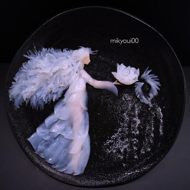 Chỉ xem Youtube, ông bố Nhật đã tạo ra những tác phẩm nghệ thuật đáng kinh ngạc từ cá sống - Ảnh 9.