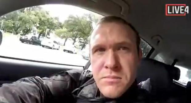 Xả súng đẫm máu tại New Zealand: Kẻ thủ ác livestream từ đầu đến cuối, ít nhất 49 người thiệt mạng - Ảnh 1.