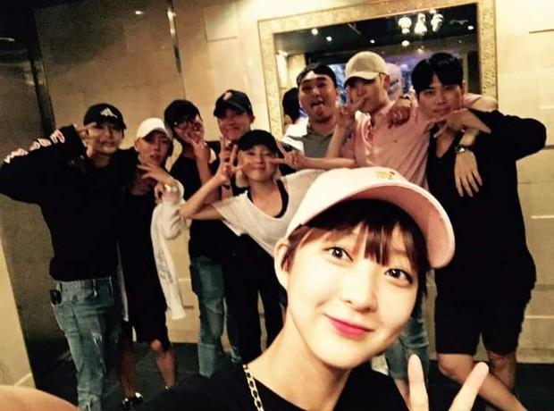 Nhìn lại hoạt động của 3 idol vừa nói lời từ giã Kpop: Người đa tài, sự nghiệp thăng hoa; kẻ mờ nhạt ít ai biết đến - Ảnh 8.