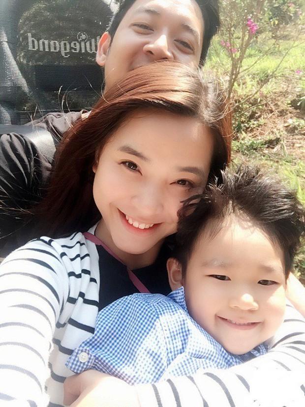 Hải Băng khoá môi Thành Đạt cực lãng mạn trong ngày sinh nhật tròn 35 tuổi của chồng - Ảnh 6.