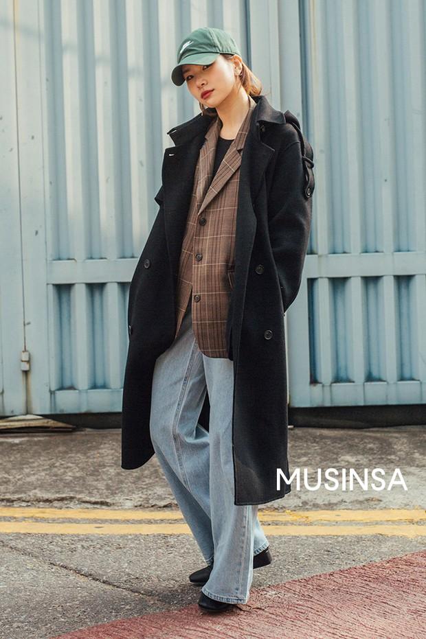 Chỉ cần ngắm street style chất lừ của giới trẻ Hàn tuần qua, công cuộc ăn mặc của bạn chắc chắn sẽ lên hương - Ảnh 5.