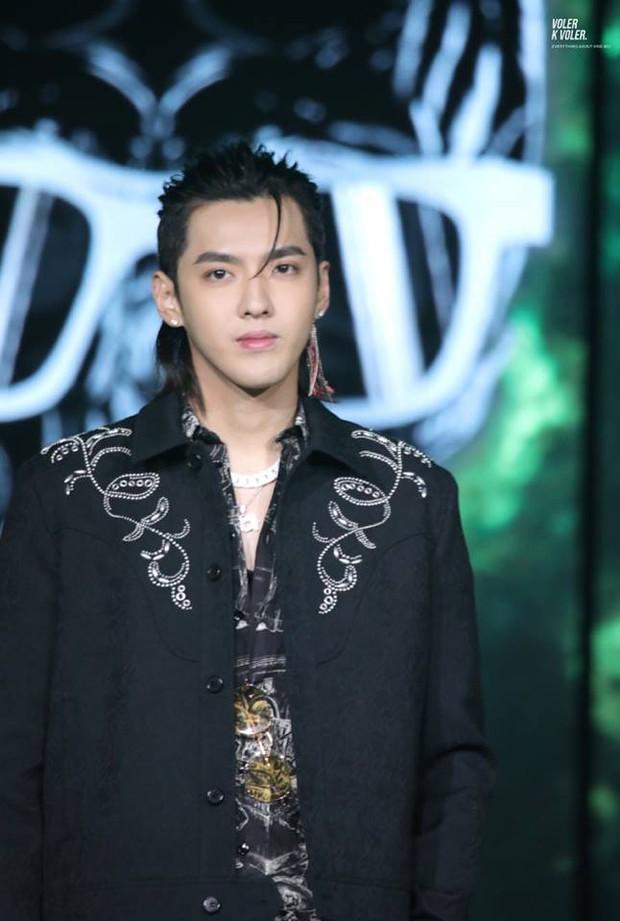 100 mỹ nam điển trai nhất châu Á: Song Joong Ki đứng ở vị trí nào cạnh BTS - Ngô Diệc Phàm? - Ảnh 8.
