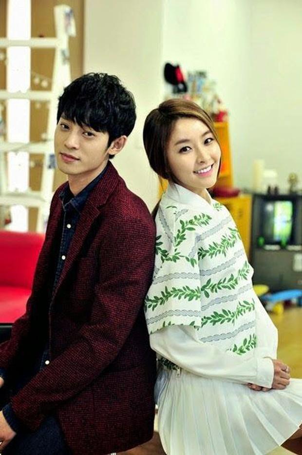 Không chỉ bị gạch tên khỏi show, các clip cũ có sự tham gia của Jung Joon Young đang dần bị xóa sạch - Ảnh 6.