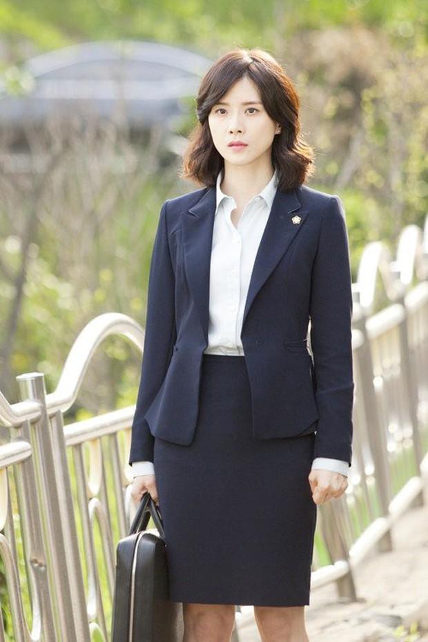 """Bản lĩnh và chính nghĩa, đây chính là 5 """"phóng viên họ Kang"""" đình đám trong phim Hàn - Ảnh 9."""