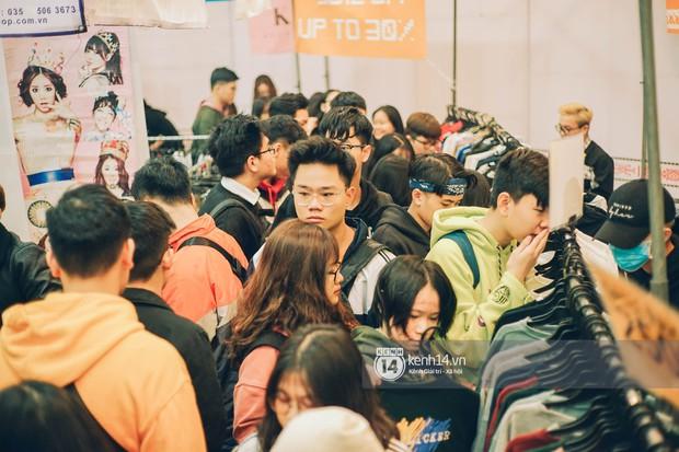Đến hẹn lại lên, The New District đã quay trở lại Hà Nội và vẫn đông đến nghẹt thở như mọi lần! - Ảnh 1.