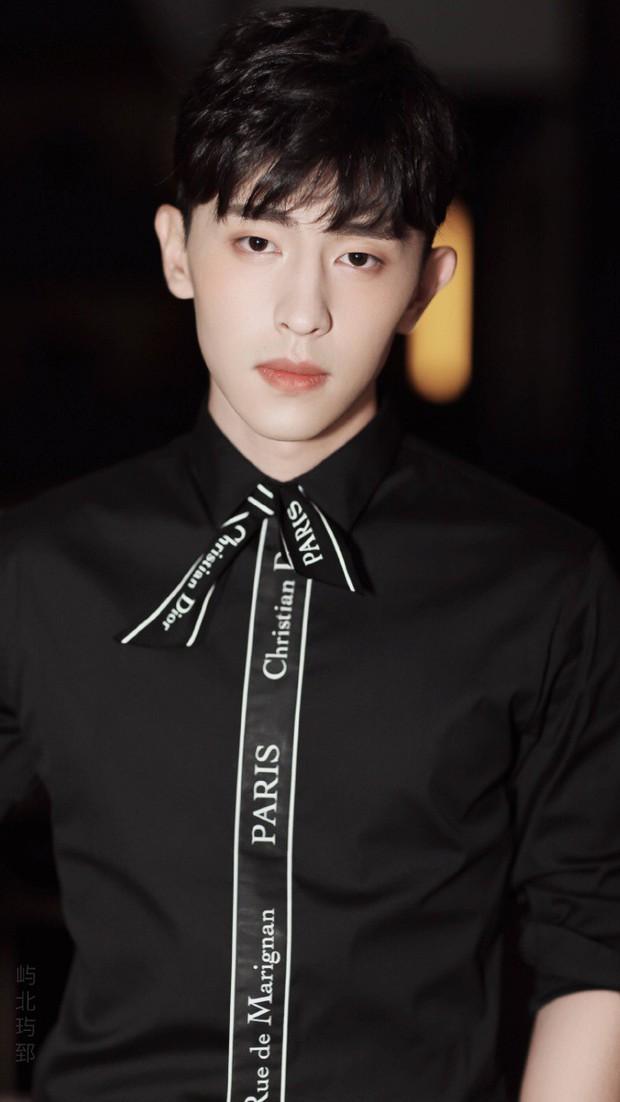 100 mỹ nam điển trai nhất châu Á: Song Joong Ki đứng ở vị trí nào cạnh BTS - Ngô Diệc Phàm? - Ảnh 11.