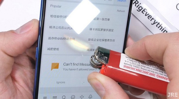 Thử thách độ bền Xiaomi Mi 9 với dao, lửa và dùng tay bẻ cong: Xứng đáng là một siêu phẩm cao cấp - Ảnh 6.