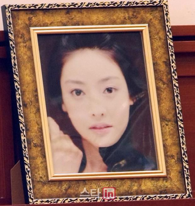 Sức mạnh lời nói của Tổng thống: Vụ án Jang Ja Yeon chính thức được gia hạn, Seungri nộp đơn hoãn nhập ngũ - Ảnh 1.