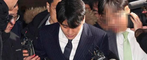 Cô gái do Seungri dắt mối cho các nhà đầu tư nước ngoài chính thức lên tiếng, quá trình điều tra trở nên khó khăn - Ảnh 1.