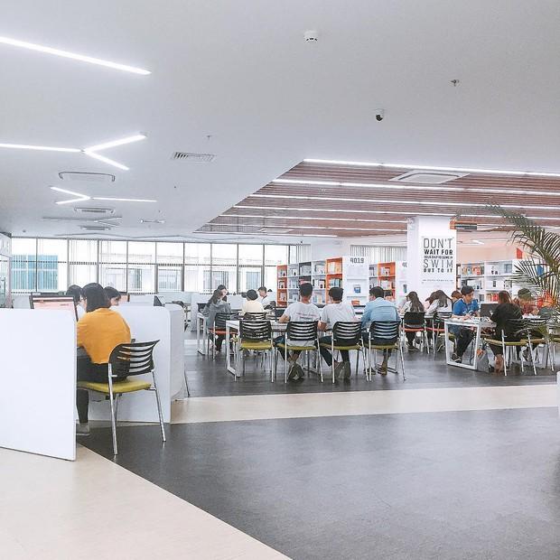Giới trẻ thi nhau check-in tại thư viện nghìn tỷ trường ĐH Tôn Đức Thắng: Ai bảo thư viện chỉ có sách và sách! - Ảnh 6.
