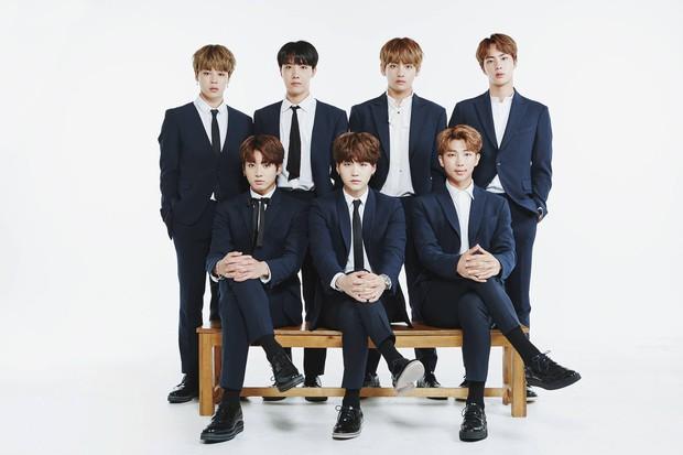 """BTS và 10 dấu mốc """"mở đường"""" cho Kpop: Diễn ở Grammy, 3 lần no.1 Billboard 200 cùng hàng loạt """"lần đầu tiên"""" khiến ARMY phổng mũi tự hào - Ảnh 1."""