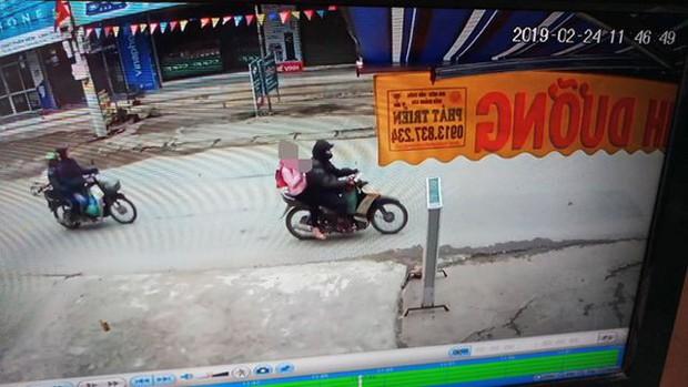 Vụ bé gái 9 tuổi bị xâm hại ở Hà Nội: Gia đình nghi phạm 4 lần đến xin lỗi và đưa ra yêu cầu lạ - Ảnh 3.