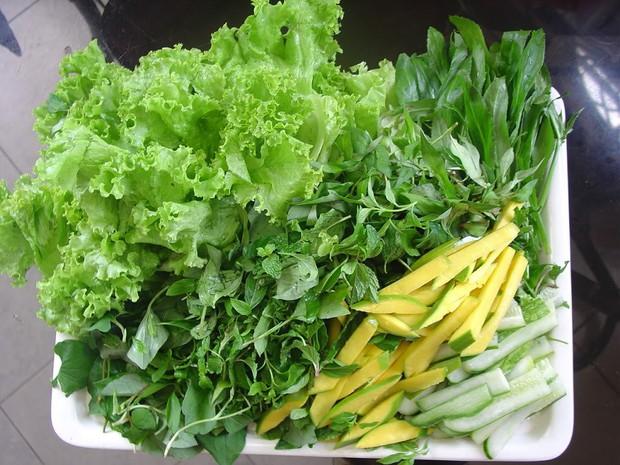 7 món ăn tiềm ẩn nguy cơ nhiễm sán mà chúng ta cần cẩn thận - Ảnh 2.