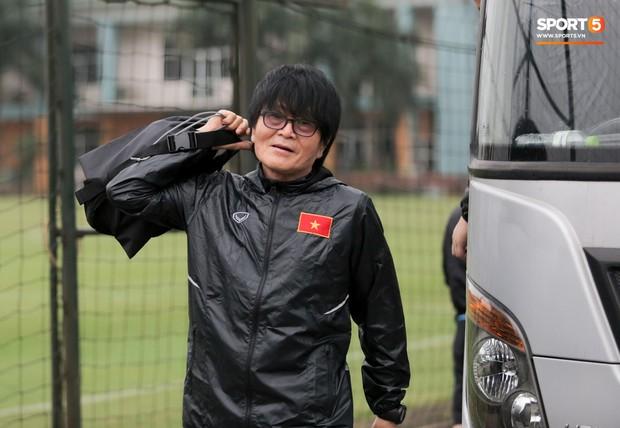 HLV Park Hang-seo cậy nhờ thần y chữa trị cho Đình Trọng trước thềm vòng loại U23 châu Á 2020 - Ảnh 3.