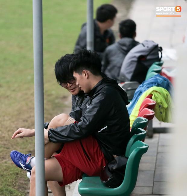 HLV Park Hang-seo cậy nhờ thần y chữa trị cho Đình Trọng trước thềm vòng loại U23 châu Á 2020 - Ảnh 5.